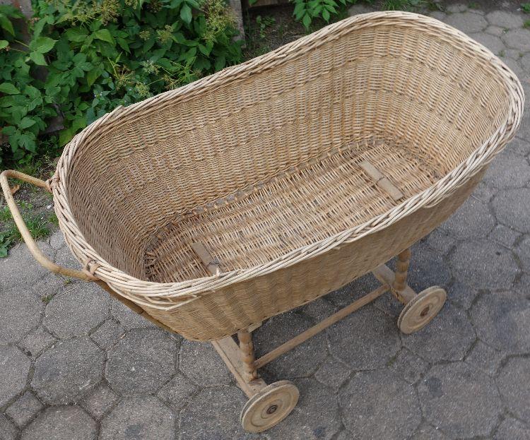 Antiker stubenwagen kinderwagen zur dekoration ebay